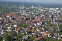 Die Innenstadt von Ettlingen zwischen Schloss und Herz Jesu Kirche.